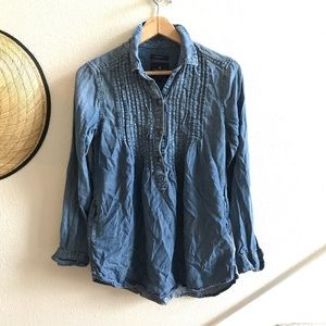 AMERICAN EAGLE jogging fit popover chambray top XS